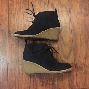 Bass Chuka  Cali Black Suede Ladies Wedge Boots